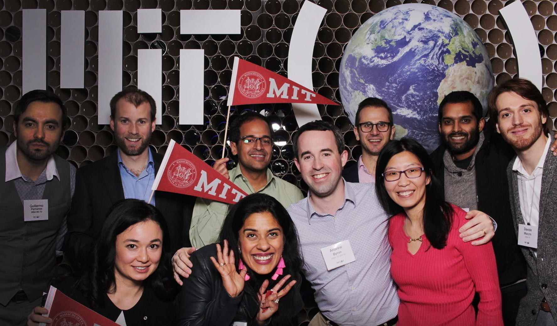 MIT alumni and friends celebrate the MIT Campaign at an event.
